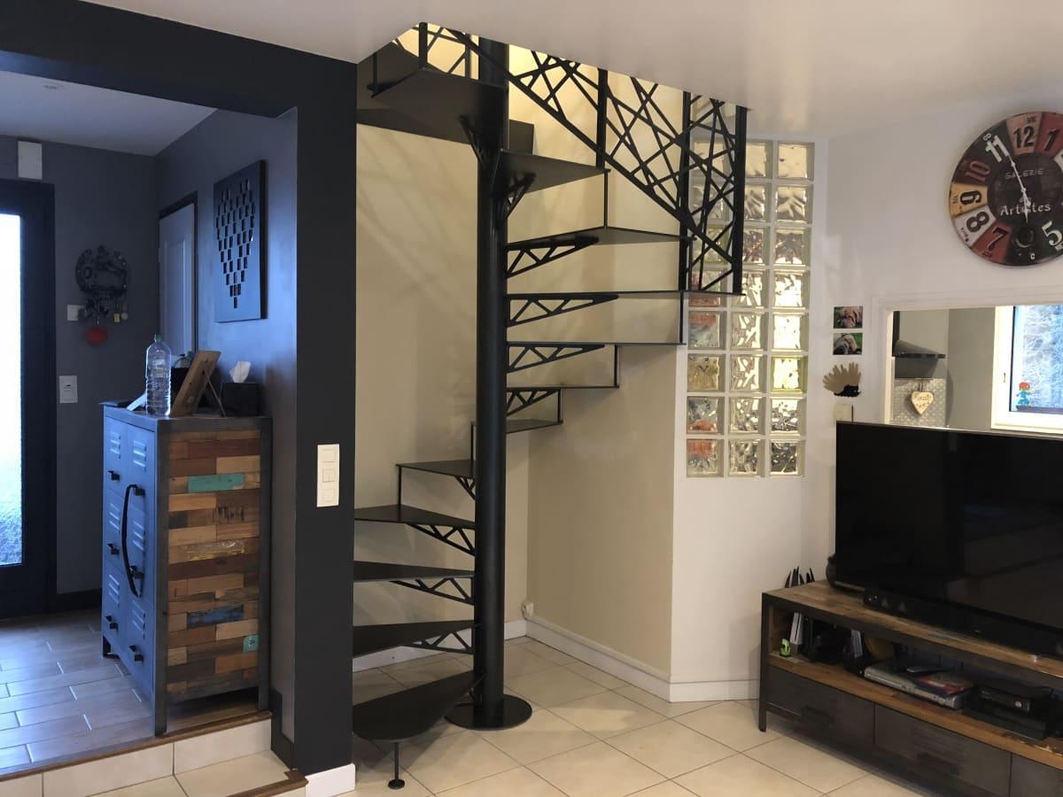 escalier vannes beautiful placard sous escalier coulissant meilleur de placard sous pente sur. Black Bedroom Furniture Sets. Home Design Ideas